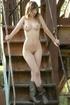 Elen posing naked